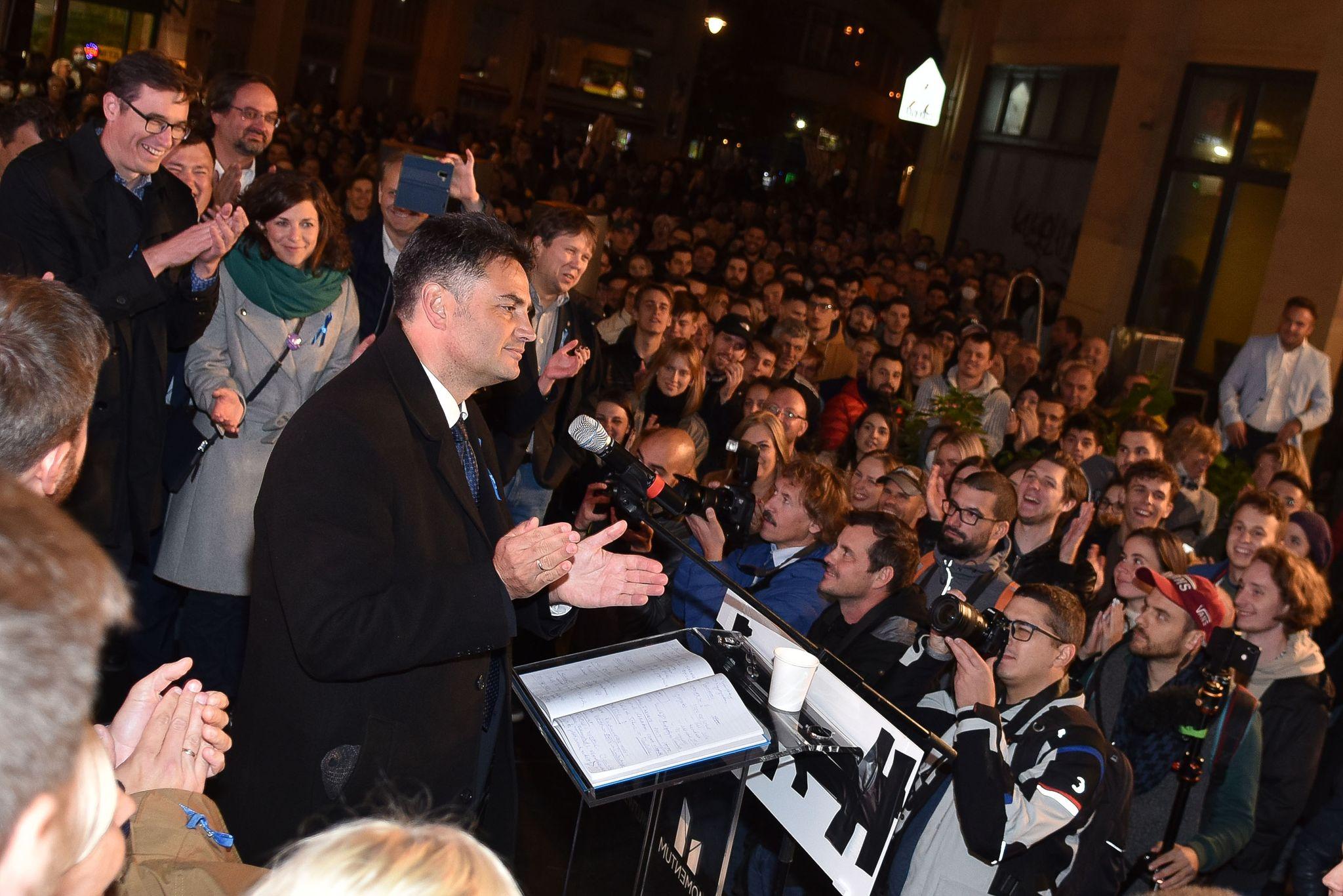 Hét megyei jogú város polgármestere állt ki Márki-Zay Péter mellett